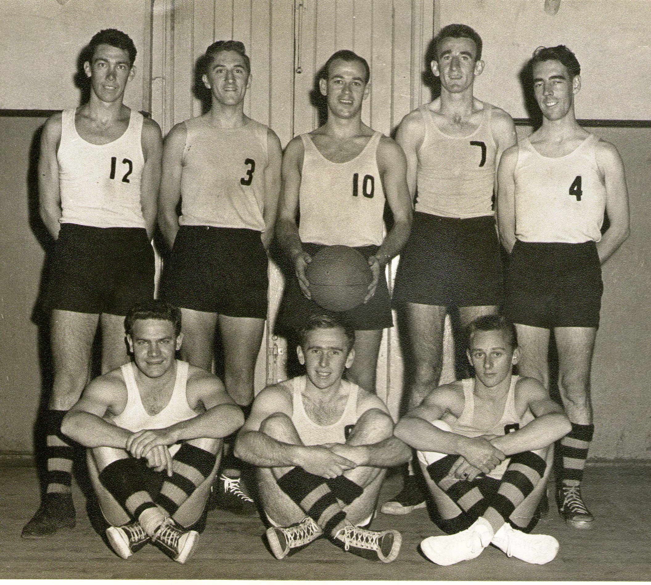 1959 Premiers Summer Team State Savings Bank Elizabeth Street Back (l-r) Graham Sherman, Reg Saunders, Geoff Cox, Des Collins, Gerry Gooley; Front Row (L-R) Alan Guy, Gordon Lester, Barry Hines