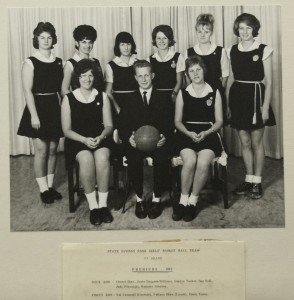 Sport-Basketball-Premiers-1963-Women